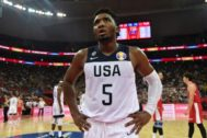 Donovan Mitchell of the US looks on during the <HIT>Basketball</HIT> World Cup Group E game between US and Turkey in Shanghai on September 3, 2019. (Photo by HECTOR RETAMAL / AFP)