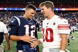 """Tom Brady """"sigue ahí"""" y llega el momento del español JJ Arcega-Whiteside"""