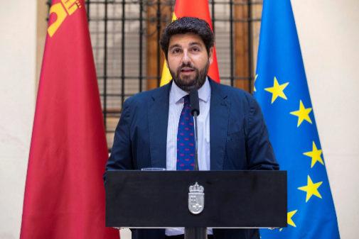 El presidente de Murcia, Fernando López Miras, durante una...