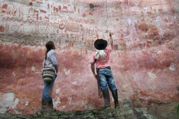 Pinturas rupestres en Cerro Azul.