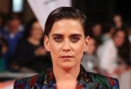 La actriz María León en la premier de 'La Casa de las Flores'