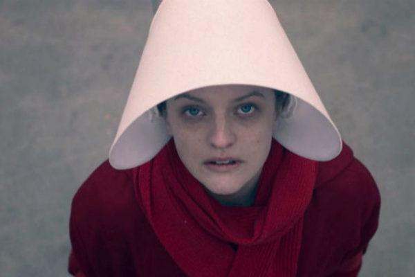 Elisabeth Moss, en 'El cuento de la criada'.