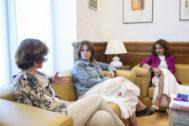 Carmen Calvo, Adriana Lastra y María Jesús Montero, antes de su encuentro con Unidas Podemos.