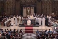 El Monasterio de Montserrat, durante un servicio.