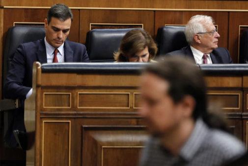 Sánchez e Iglesias, durante el fallido debate de investidura.