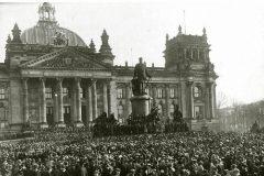 Imagen del parlamento de Berlín durante la república de Weimar.