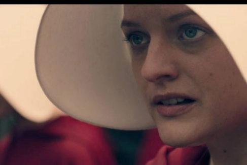 Fotograma de la serie 'El cuento de la criada'.