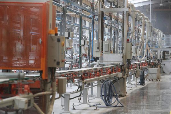 Interior de una empresa cerámica de la provincia de Castellón.