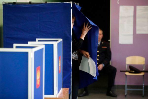 Votaciones en San Petersburgo, Rusia.
