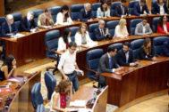 Grupos parlamentarios en un pleno de la  Asamblea de Madrid