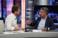 Pablo Motos y Miguel Ángel Revilla en El Hormiguero en Antena 3, donde el político empezó el programa pidiendo perdón por un desafortunado comentario en su visita anterior