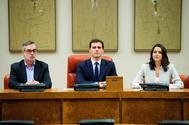 José Manuel Villegas, Albert Rivera e Inés Arrimadas, en la reunión de Ciudadanos en el Congreso.