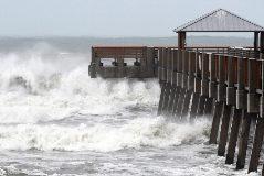 Olas causadas por el huracán Dorian en Juno Beach, Florida (EEUU)