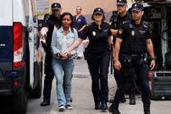 GRAF9887. ALMERÍA.- <HIT>Ana</HIT> <HIT>Julia</HIT> Quezada, autora confesa de la muerte del niño Gabriel Cruz, es trasladada a la Audiencia Provincial de Almería donde este miércoles se celebra la tercera jornada consecutiva del juicio por la muerte del pequeño con la declaración de dos testigos, un policía local y cuatro guardias civiles.