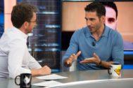 Pablo Motos y Miguel Ángel Silvestre en El Hormiguero en Antena 3, donde el actor defendió a Pablo Ibar y le llovieron las críticas