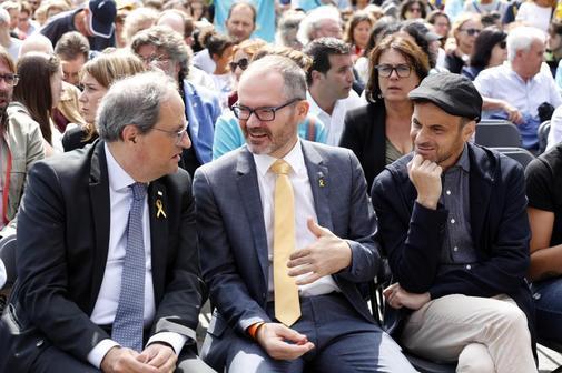 Jaume Asens (dcha.), de Unidas Podemos, junto al vicepresidente...