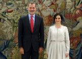 El Rey Felipe e Isabel Díaz Ayuso, en su encuentro de este martes.