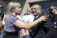 Sonia castedo junto a su empresario de referencia Enrique Ortiz.