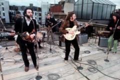 Actuación de The Beatles en al azotea de los estudios Apple en 1969.