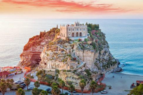Estas son las 12 playas más bonitas para disfrutar de la 'dolce vita'