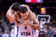 Dongguan (China).- Luis <HIT>Scola</HIT> of Argentina celebrates after winning the FIBA Basketball World Cup 2019 quarter final match between Argentina and Serbia in Dongguan, China, 10 September 2019. (Baloncesto) EPA/