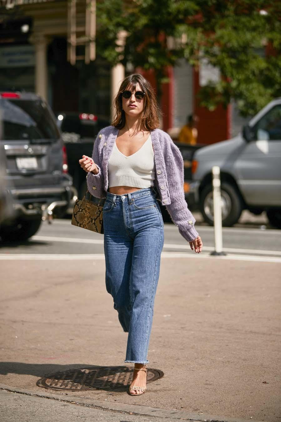 Vaquero mom - Street style de la New York Fashion Week