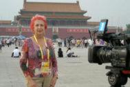 Rosa María Calaf, en la Plaza de Tiananmen, en 2008.