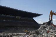 El Ayuntamiento aumentará el riego para contrarrestar el polvo en las obras del Calderón