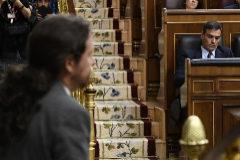 Pretende que el Rey convenza a  Sánchez de que incluya a Podemos en su gobierno
