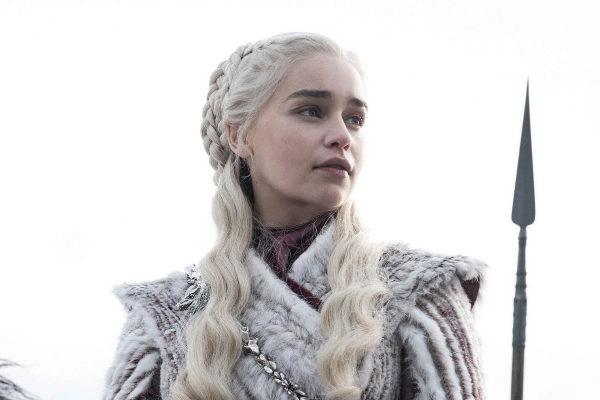 Emilia Clarke, como Daenerys Targaryen en 'Juego de tronos'.