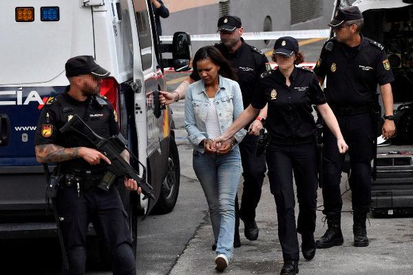 GRAF497. ALMERÍA.- <HIT>Ana</HIT> <HIT>Julia</HIT> Quezada, autora confesa de la muerte del niño Gabriel Cruz, es trasladada a la Audiencia Provincial de Almería donde este jueves se celebra la cuarta jornada consecutiva del juicio por la muerte del pequeño con el testimonio de 22 guardias civiles, entre ellos miembros de la Unidad Orgánica de Policía Judicial de la Comandancia de Almería, del Grupo de Homicidios y Desaparecidos y del Laboratorio de Criminalística.