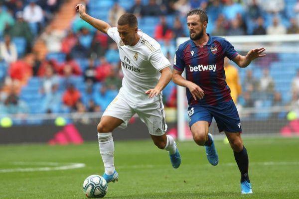 Un Levante muy digno hace sufrir al Real Madrid en el Bernabéu (3-2)