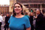 La nueva líder de los liberaldemócratas, Jo Swinson, ante el Parlamento.