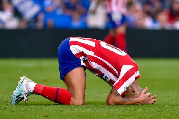 Vitolo se lamenta durante el partido ante la Real.