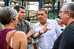 El coordinador general de EH Bildu, Arnaldo Otegi, y el secretario general de Sortu, Arkaitz Riodríguez, durante la marcha llevada a cabo en Bilbao.