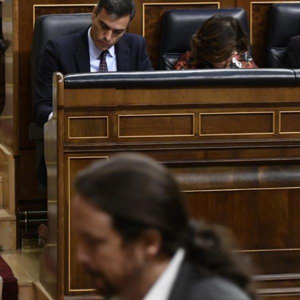 El presidente del Gobierno Pedro Sánchez y Pablo Iglesias.