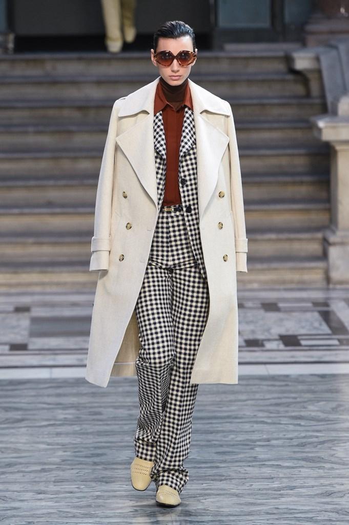Desfile de Victoria Beckham - Colección primavera-verano 2020 - London Fashion Week
