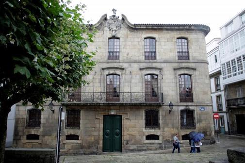 Fachada de la Casa Cornide, en la Ciudad Vieja de La Coruña.