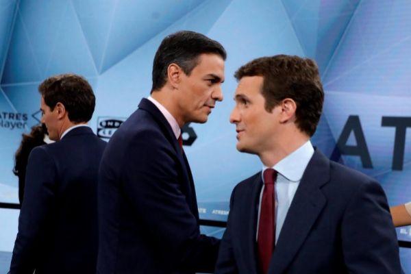 Pedro Sánchez, Pablo Casado y Albert Rivera, durante un debate...