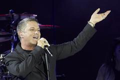 Alejandro Sanz en un concierto en Sevilla en junio.