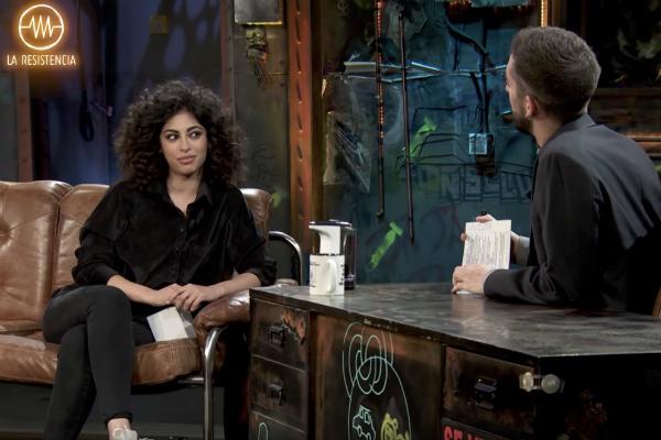 David Broncano entrevista a Mina El Hammani, de Élite, en La...