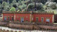 Imagen del edificio central del polvorín ubicado en Calvià.