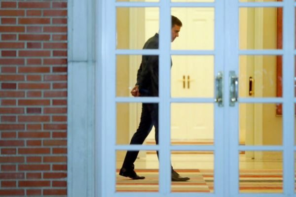 El presidente del Gobierno en funciones, este lunes en el Palacio de...
