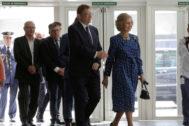 La Reina Sofía acompañada por el presidente Ximo Puig.