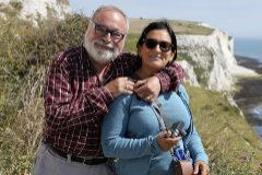 Fernando Savater con su esposa, Sara Torres.