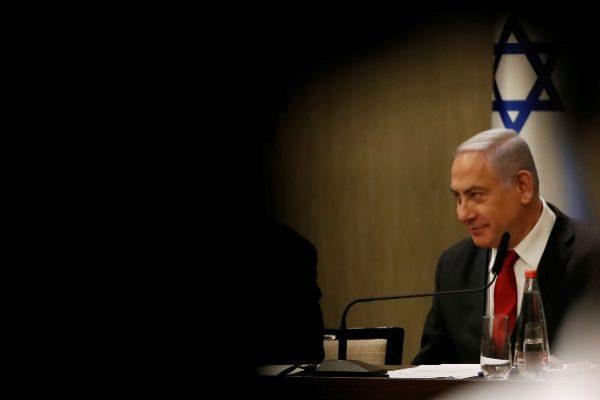 Israeli Prime Minister Benjamin <HIT>Netanyahu</HIT> delivers a...