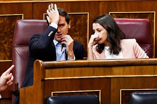 Albert Rivera e Inés Arrimadas, en sus escaños del Congreso