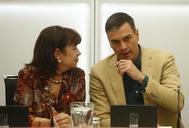 Micaela Navarro y Pedro Sánchez, en la reunión de la Ejecutiva Federal del PSOE.