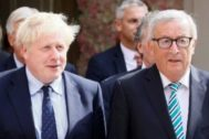 Luxembourg (Luxembourg).- Acting European Commission President Jean-Claude <HIT>Juncker</HIT> (R) and British Prime Minister Boris Johnson (L) leave after a meeting in Luxembourg, 16 September 2019. British Prime Minister Boris Johnson is on a one-day visit in Luxembourg to discuss the United Kingdom leaving the European Union, dubbed Brexit. (Luxemburgo, Reino Unido, Luxemburgo) EPA/