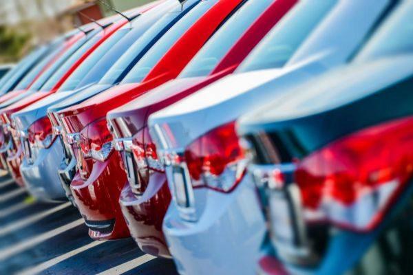 Frenazo mundial de la venta de coches hasta 2021
